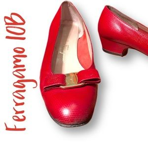 Vintage Ferragamo pebbled red leather with bows